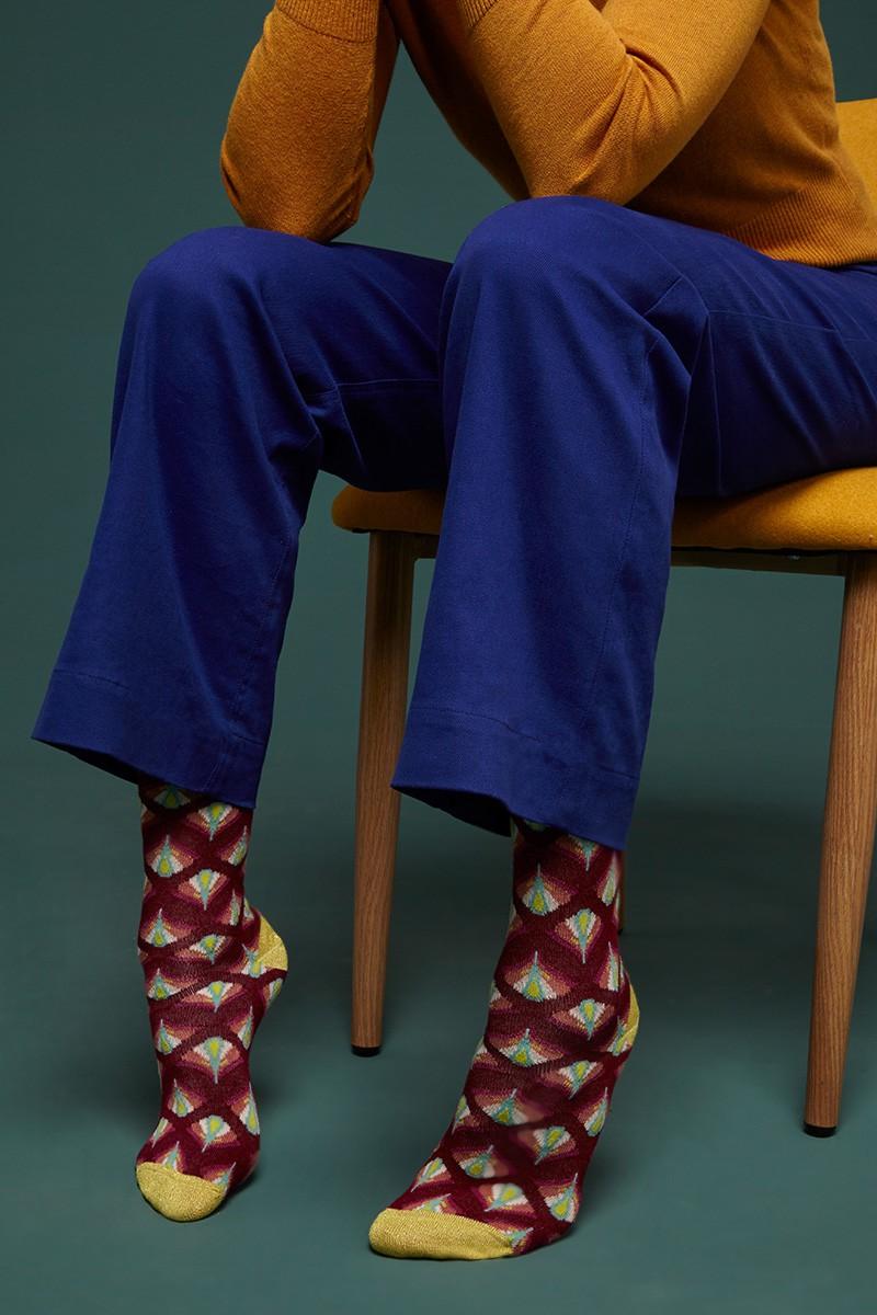 Des chaussettes vintages sympa jusqu'au bout des pieds