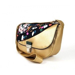 Exemple de passepoil sur un sac artisanal Lila Bohème
